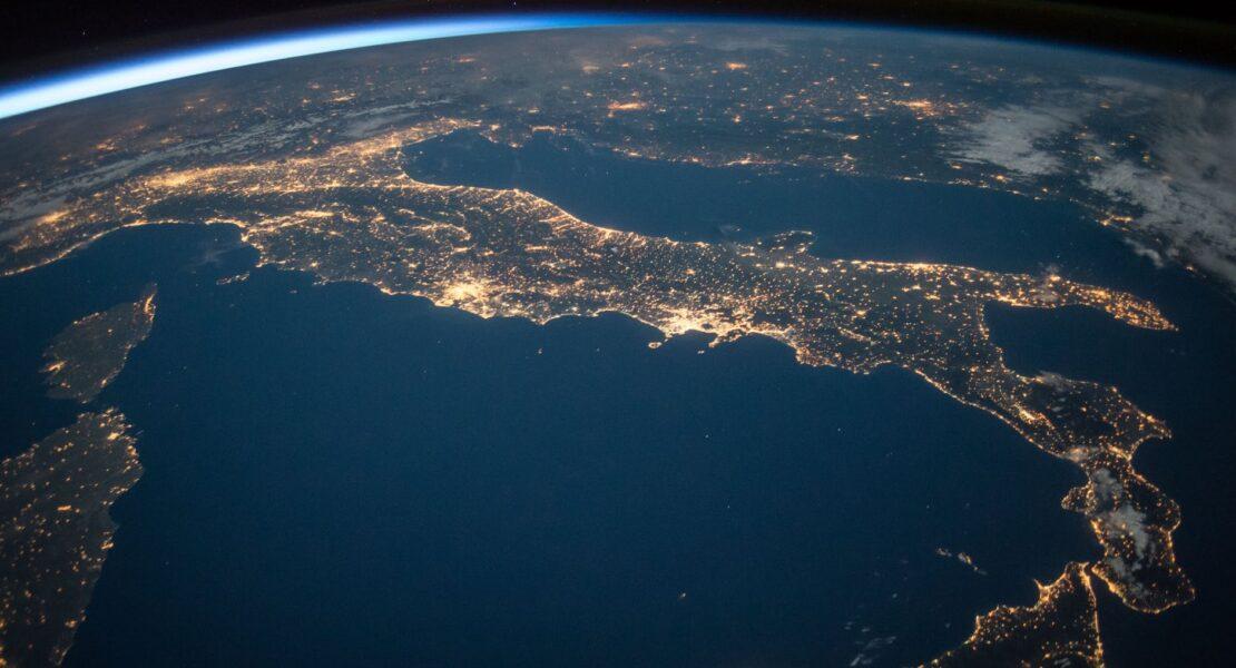 Berkontribusi Demi Kelestarian Bumi Melalui Earth Hour | WeCare.id