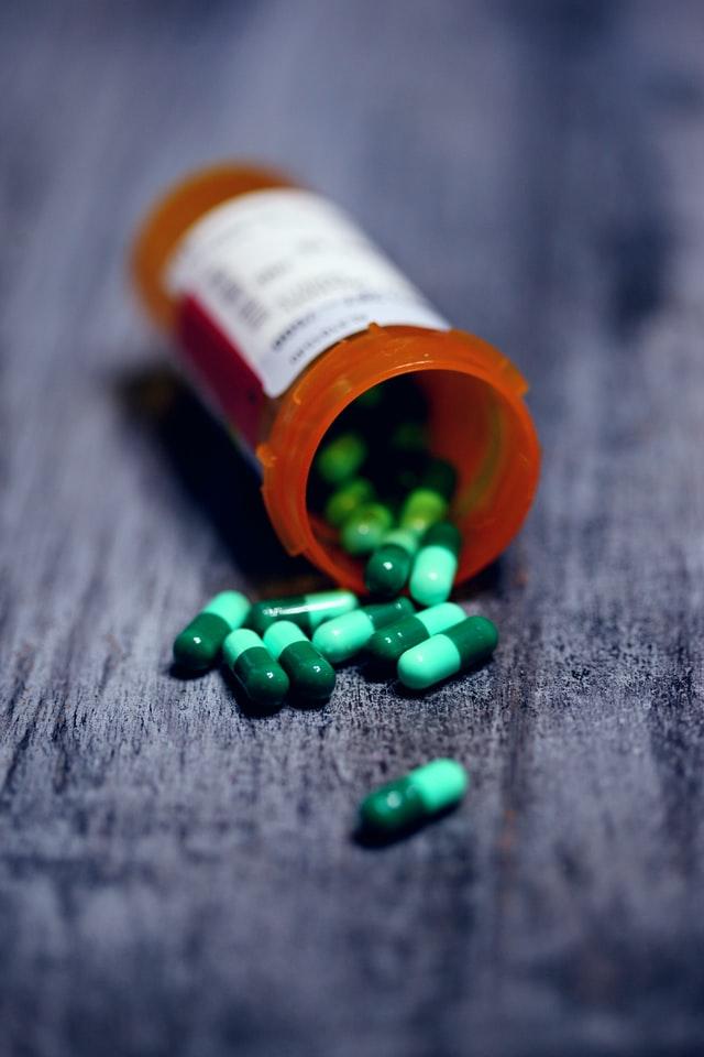 Manfaat, Dosis, Efek samping Omeprazole   WeCare.id