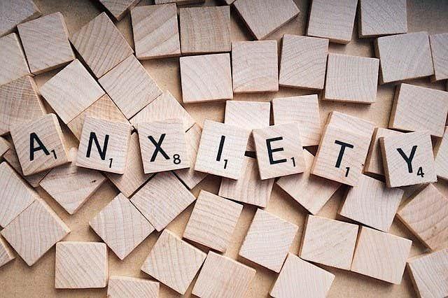 Yuk, Kenali Anxiety Disorder dan cara Mengobatinya | WeCare.id