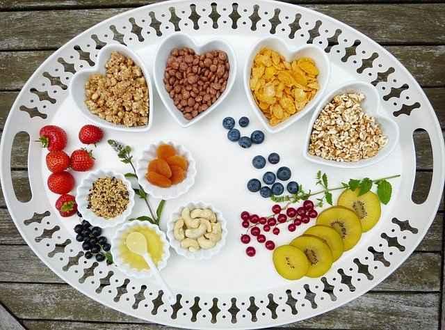Intermittent Fasting, Metode Diet yang sedang Ngetren | WeCare.id