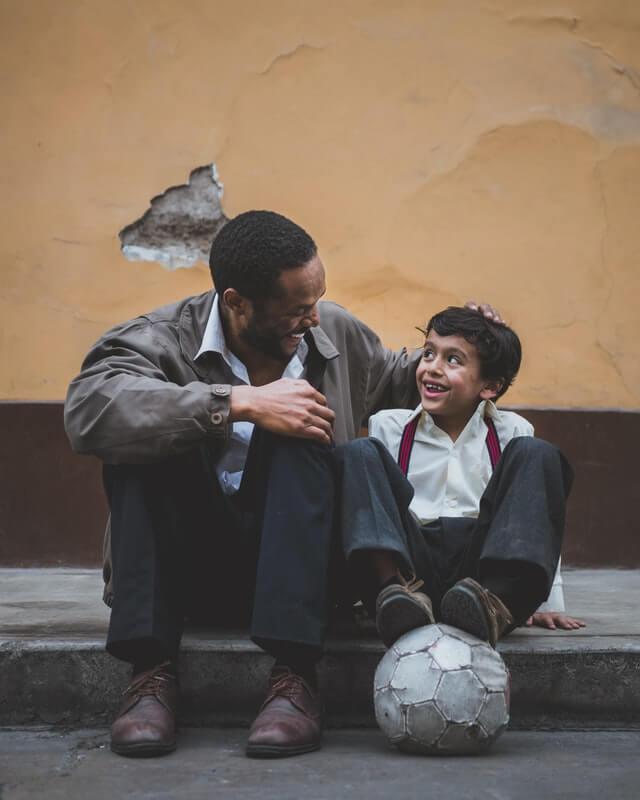 Pentingnya Belajar Parenting dalam Pembentukan Karakter Anak | WeCare.id