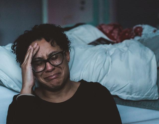 Kenali Depresi, Gejala dan Cara Mengatasinya | WeCare.id