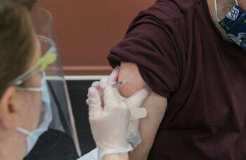 Update Terbaru Pandemi Covid-19 di Pulau Jawa Bali | WeCare.id